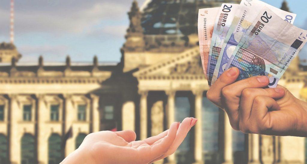 W jaki sposób i gdzie odebrać bonus bez depozytu? Dowiedz się, co należy zrobić, by już za samą rejestrację otrzymać pieniądze na obstawianie!